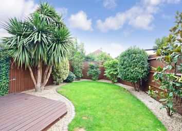 Thumbnail 1 bed maisonette for sale in Winchester Crescent, Gravesend, Kent