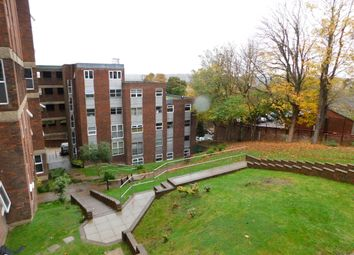 Downs Road, Luton LU1. 2 bed flat to rent