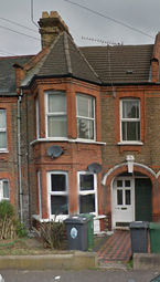 Thumbnail 1 bed flat to rent in Whitney Road, Walthamstow