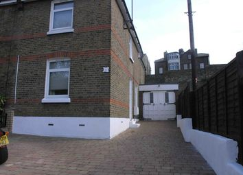 3 bed terraced house to rent in Gundulph Road, Rochester, Kent ME1