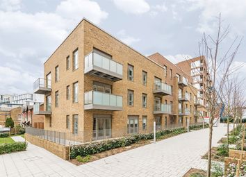 Thumbnail 2 bedroom flat to rent in Bath House Court, Smithfield Square, Hornsey