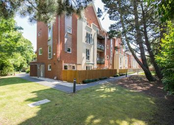 Thumbnail 3 bed flat for sale in Archers Road, Southampton