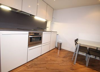 2 bed flat to rent in Braunstone Gate, Leicester LE3