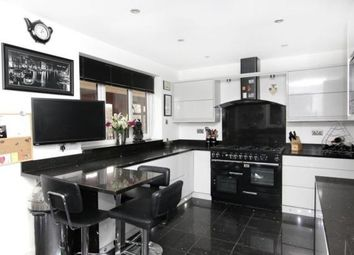Thumbnail 4 bed detached house to rent in Flanderwell Lane, Flanderwell, Rotherham
