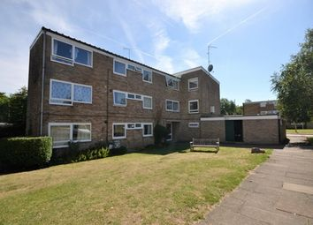 Thumbnail 2 bedroom flat to rent in Bowling Close, Harpenden