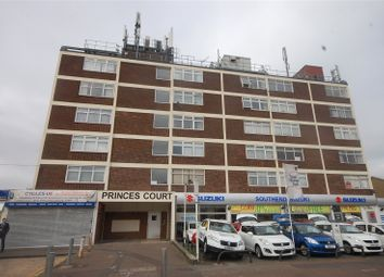 Thumbnail 1 bedroom flat for sale in Princes Court, Prince Avenue, Southend-On-Sea, Essex
