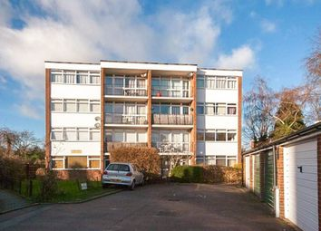 Thumbnail 2 bed flat to rent in Tower Court, Tower Hill, Brentwood
