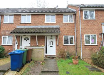 Thumbnail 2 bed property to rent in Oakcroft Close, Pinner