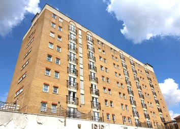 2 bed flat for sale in High Street, Hounslow TW3