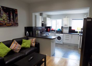 Thumbnail 5 bed shared accommodation to rent in Alderson Road, Sheffield