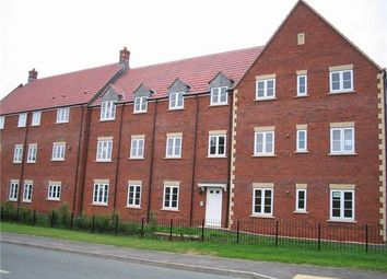 Thumbnail 2 bedroom flat to rent in Hawks Rise, Yeovil