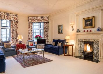 Thumbnail 4 bed property for sale in Wyndham House, Sloane Square, Knightsbridge, London