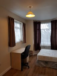 Thumbnail Studio to rent in North Circular Road, Palmers Green