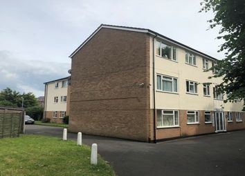 2 bed flat to rent in Charles Court, Warwick CV34