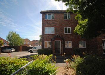 2 bed flat to rent in Earlsfield Drive, Chelmer Village, Chelmsford CM2