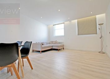 Thumbnail 2 bed flat to rent in White Hart Yard, Borough