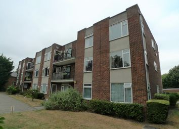 2 bed flat to rent in The Green, Sidcup DA14
