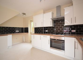 Thumbnail 3 bed detached house to rent in Foxglove Road, Romford