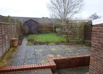 Thumbnail 2 bed property to rent in The Chase, Tonbridge