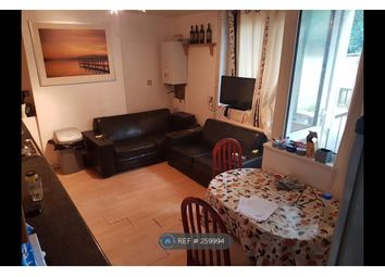 Thumbnail Room to rent in Stoatley House, London