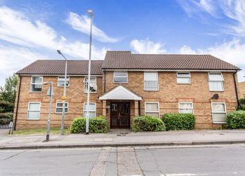 Thumbnail 2 bed flat to rent in Chigwell Lane, Loughton