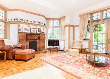 Thumbnail 6 bed country house to rent in Wood Lane, Weybridge