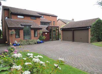 4 Bedrooms Detached house for sale in Grosvenor Road, Marple, Stockport SK6
