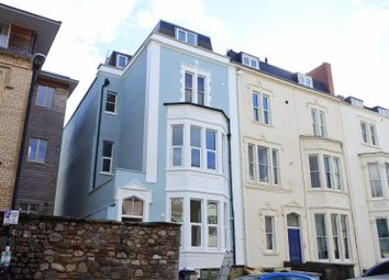 2 bed flat to rent in West Park, Top Floor, Clifton BS8