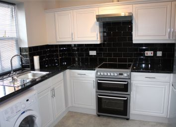 Thumbnail 1 bed flat to rent in Newcastle Road, Reading, Berkshire