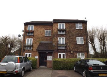 Thumbnail 2 bedroom flat to rent in Boveney Close, Slough