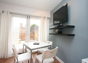 Thumbnail Room to rent in (House Share) Pattina Walk, Canada Water, London