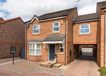 4 bed property for sale in Linnet Garth, Scunthorpe DN16