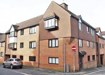1 bed flat to rent in Warren Road, Guildford GU1