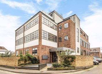 Thumbnail 3 bed flat to rent in Cowleaze Road, Kingston Upon Thames