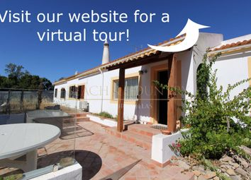 Thumbnail 3 bed villa for sale in Sao Clemente, Loulé, Central Algarve, Portugal