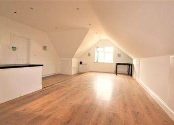 Thumbnail 1 bedroom flat to rent in Whippendell Road, Watford, Hertfordshire