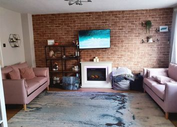 Thumbnail 2 bed flat for sale in Inglewood, Forestdale, Croydon