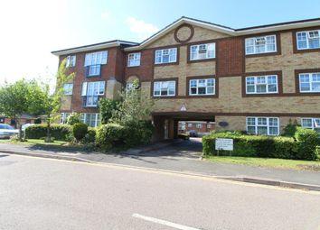 2 bed flat to rent in Earls Meade, Luton LU2