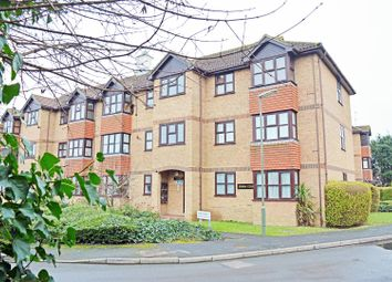 Thumbnail 1 bed flat to rent in Swan Court, Guildford