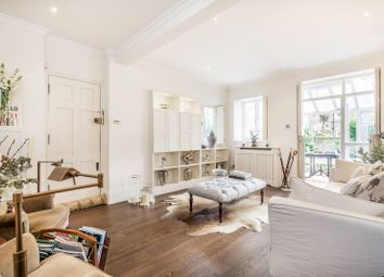 Thumbnail 2 bedroom flat to rent in Oxford Gardens, North Kensington