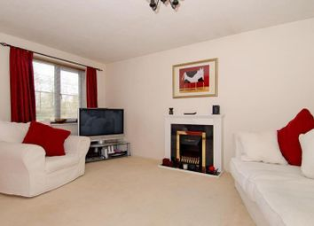 Thumbnail 2 bed flat to rent in Shawfield Road, Ash
