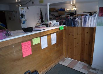 Thumbnail Retail premises for sale in Launderette & Dry Cleaners NG31, Lincolnshire