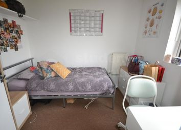 Thumbnail 4 bed shared accommodation to rent in Kemsing Gardens, Canterbury, Kent