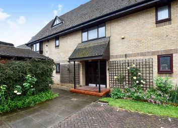 2 bed flat for sale in Reynard Court, Bicester OX26