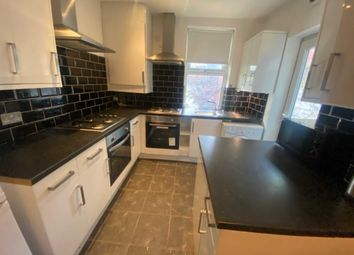 Thumbnail 6 bed shared accommodation to rent in Prescott Road, Kensington