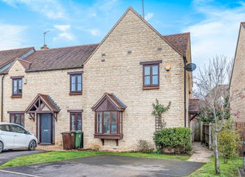 3 bed end terrace house for sale in Eaton Close, Faringdon SN7