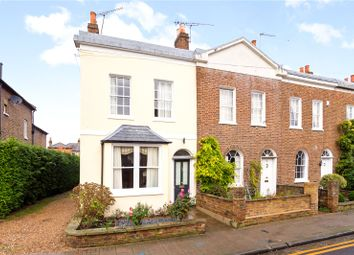 Adelaide Square, Windsor, Berkshire SL4, south east england property