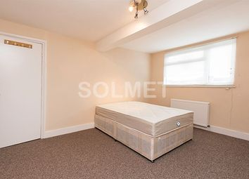 Thumbnail 3 bedroom flat to rent in Claremont Road, Cricklewood, London