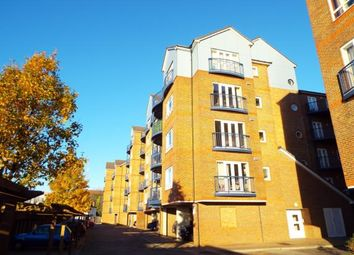Thumbnail 2 bedroom flat for sale in Argent Street, Grays, Essex