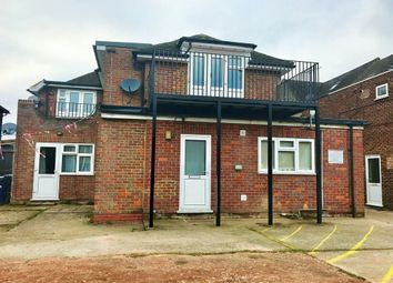 Thumbnail 2 bed flat to rent in Marlow Road, High Wycombe